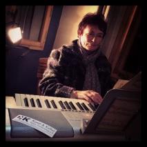 Frau Langer spielt Weihnachtslieder
