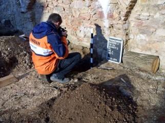 Silvio Bock bei Ausgrabungen an der Untermühle, Foto: Dr. H.-D. Langer